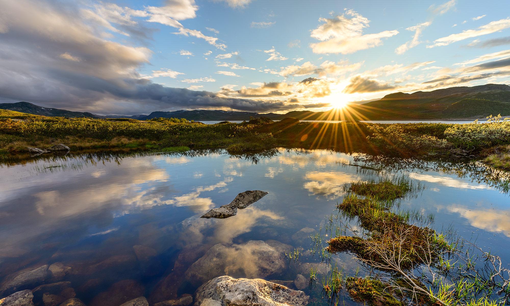 Sunset near Sønstevatn, Norway – Landscape Photography